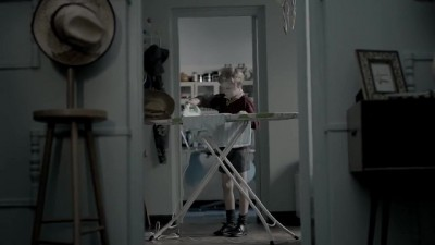 Dialdirect Joe Public TVC: Noah does the ironing