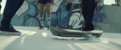 Lexus Hoverboard Amazing in Motion screengrab 02