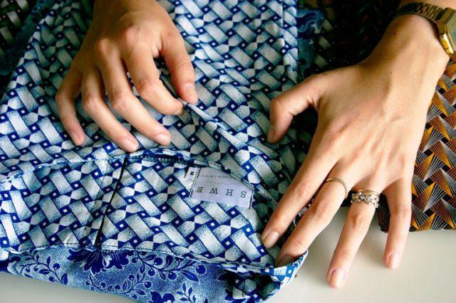Shwe item of clothing