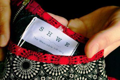 Shwe label. Photo by Jon Pienaar.