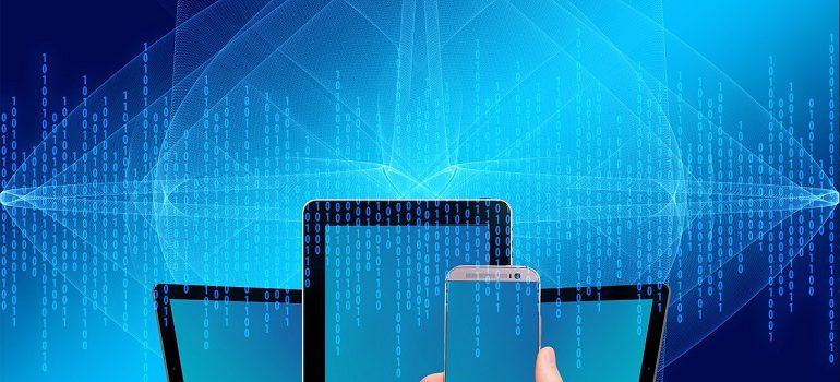 computer smartphone online digital courtesy of Pixabay