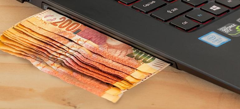ecommerce-computer-cash-e-commerce courtesy of Pixabay
