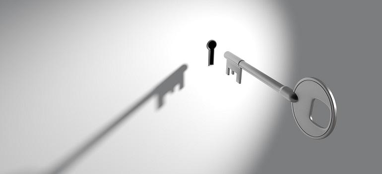 illustrationskey-keyhole-lock-security-unlock by Arek Socha courtesy of Pixabay