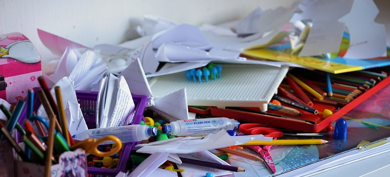 office-chaos-clutter-pen-adhesive courtesy of Pixabay
