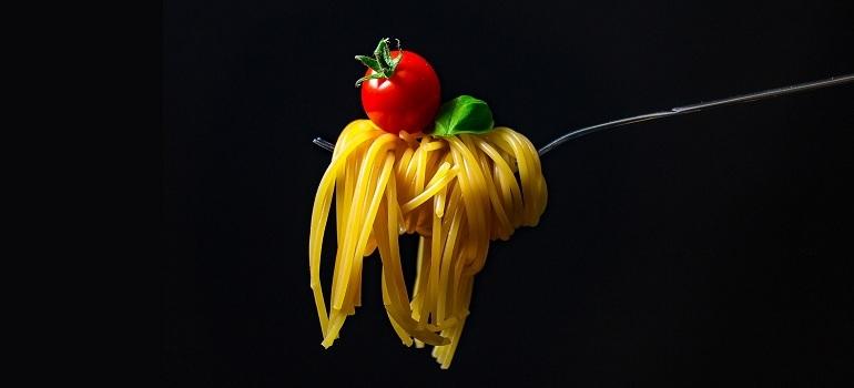 spaghetti-pasta-noodles-italian courtesy of Pixabay