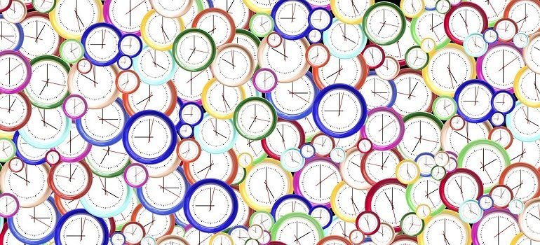 time-clock-minute-hour-second courtesy of Pixabay