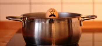 egg-cook-help-funny-drowning courtesy of Pixabay
