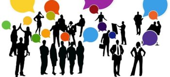 feedback-confirming-businesspeople courtesy of Pixabay
