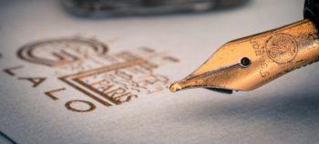 fountain-pens-fountain-pen-filler courtesy of Pixabay