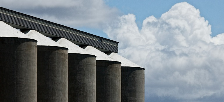 grain-silo-corn-storage-grain-silo courtesy of Pixabay